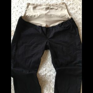 Gap maternity jeggings jean size 6/28 black